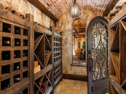 1400 East Oxford Wine Cellar