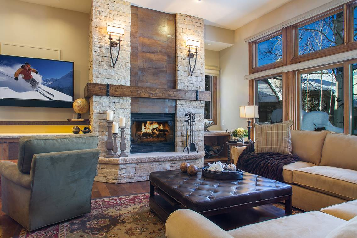 Ski-in/ski-out in Beaver Creek. 101 Highlands Lane Townhome #21. Listed for sale by LIV Sotheby's International Realty for $1,980,000.