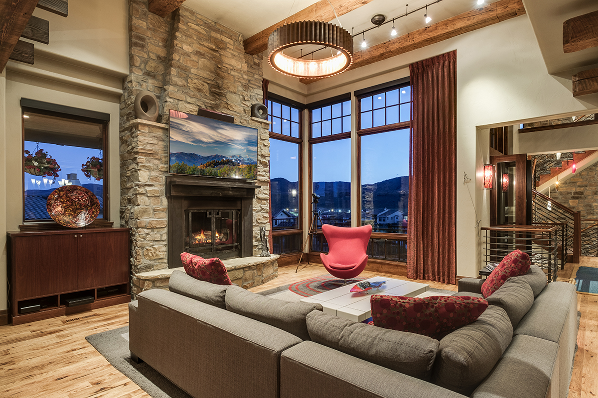 Parade Of Homes Winner With Front Range Views For 2 295m